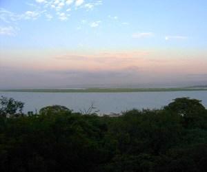 Dawn_over_lake_vic_2_for_web